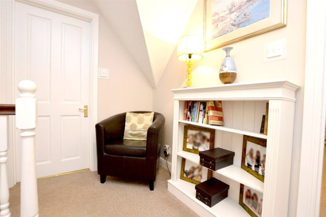 Picture No. 25 of September Cottage Selsley Road, North Woodchester, Stroud, Gloucestershire GL5