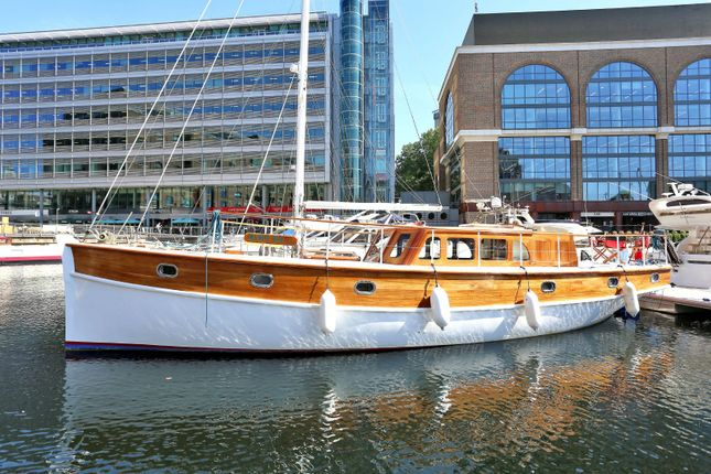 Thumbnail Houseboat for sale in West Dock Pontoon St Katharine Docks, Wapping