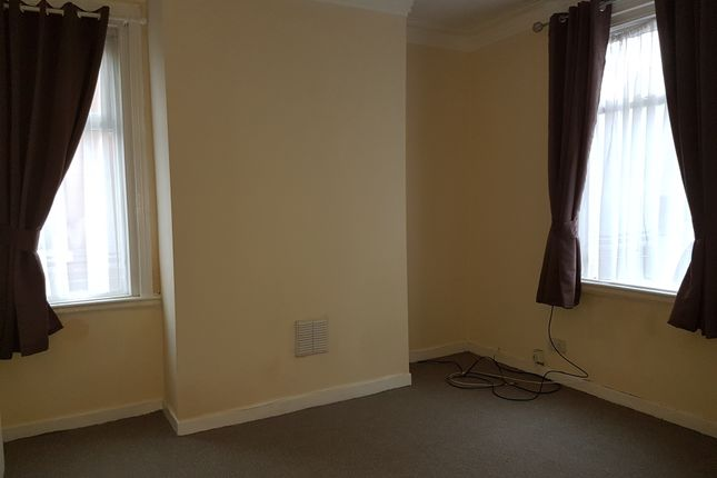 Thumbnail End terrace house to rent in Russell Street, Ashton Under Lyne