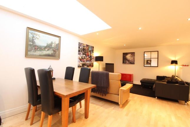 Thumbnail Flat for sale in No 1 Dock Street, Leeds, West Yorkshire