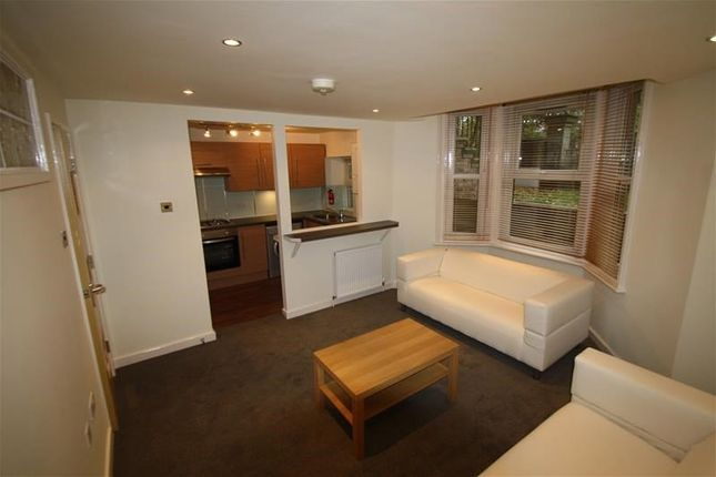 Thumbnail Flat to rent in Linden House, Jesmond, Newcastle Upon Tyne