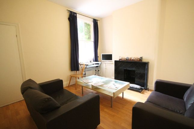 3 bed terraced house to rent in Barclay Street, Leicester LE3, West End
