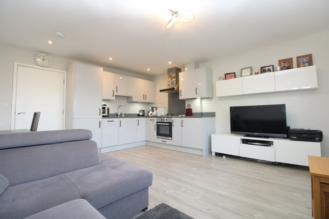 Thumbnail Flat for sale in Hadrian Way, Stanwell, Staines
