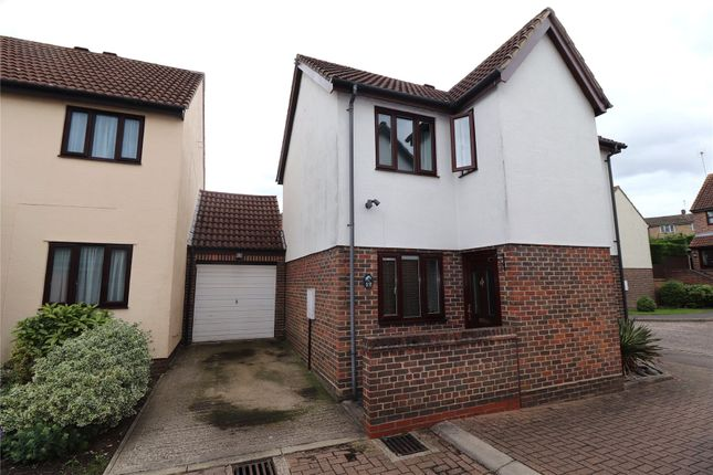 Thumbnail Detached house for sale in Kilnfield, Ongar, Essex