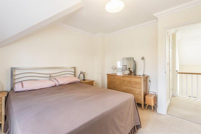 594405  (13) of Holmes Place, Kingston Avenue, East Horsley, Leatherhead KT24