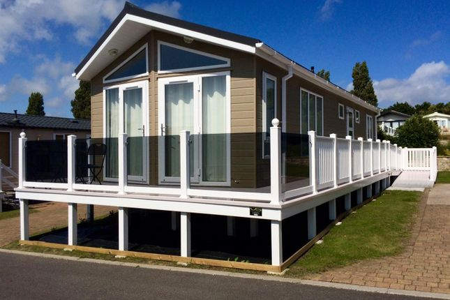 Thumbnail Mobile/park home for sale in Rockley Park, Napier Road, Poole
