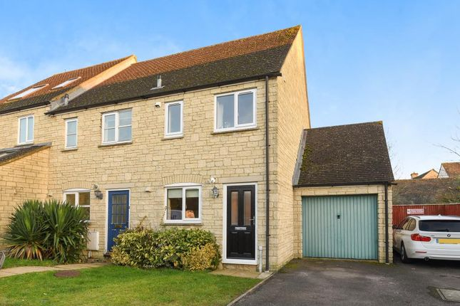 Thumbnail End terrace house to rent in Stow Avenue, Witney