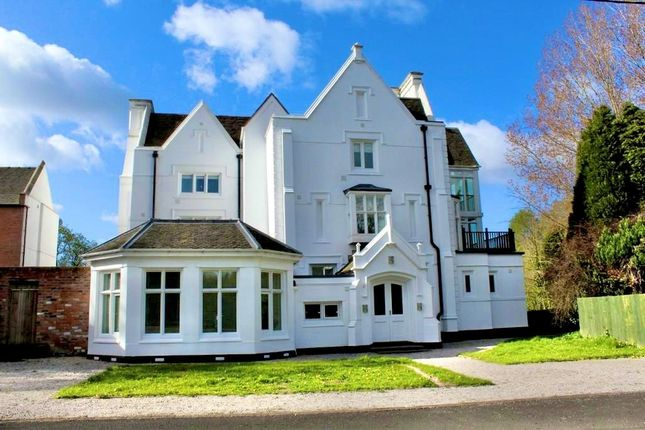 Thumbnail Flat for sale in Terrick, Whitchurch