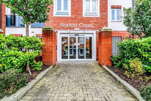 Thumbnail Property for sale in Leston Road, Leighton Buzzard