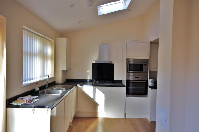Thumbnail Semi-detached house to rent in Ryefield Avenue, Hillingdon