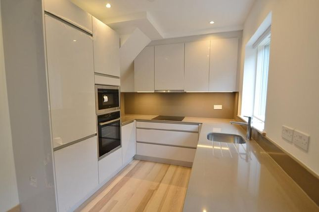 Thumbnail Property for sale in Crayford Mews, Tufnell Park, London