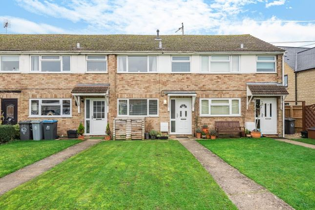 2 bed terraced house for sale in Farm Close, Aston OX18