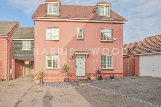 Link-detached house for sale in Dickenson Road, Colchester