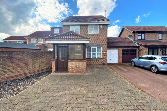 Thumbnail Link-detached house for sale in Kingsash Drive, Hayes, Middlesex