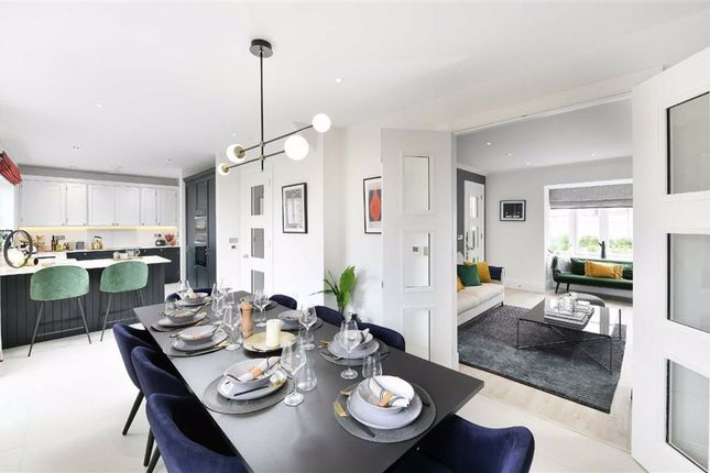 5 bed detached house for sale in Snakes Lane, Oakwood EN4