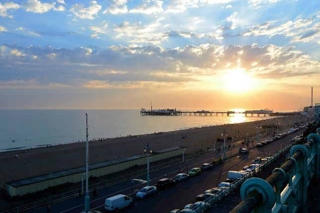 Thumbnail Flat to rent in Royal Crescent Mansions, Marine Parade, City Centre, Brighton