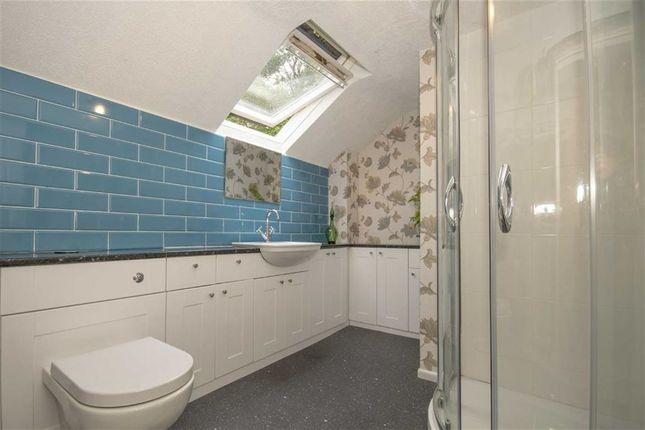 Bathroom of Llanfechain SY22