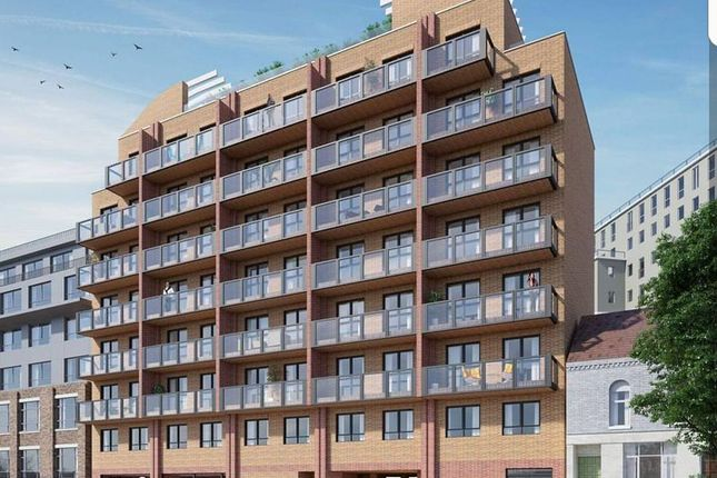 Thumbnail Flat for sale in Luxury New Build Apartments, Midland Road, Luton Town Centre