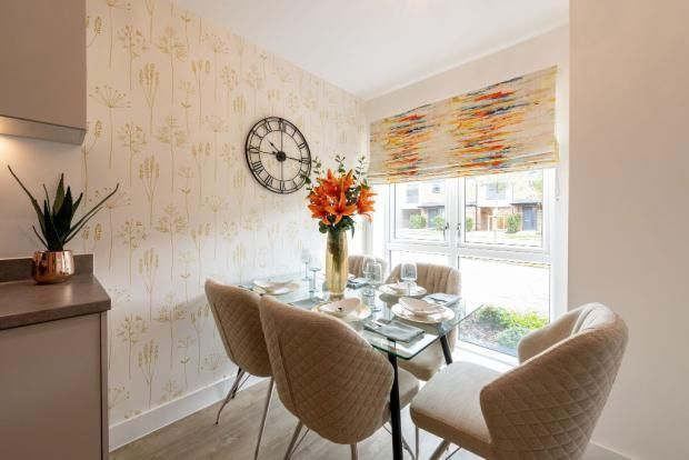1 bedroom flat for sale in Wrecclesham, Farnham, Surrey