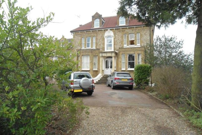1 bed flat to rent in Bayham Road, Sevenoaks