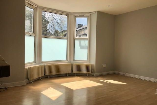 Thumbnail Flat to rent in Bower Road, Harrogate