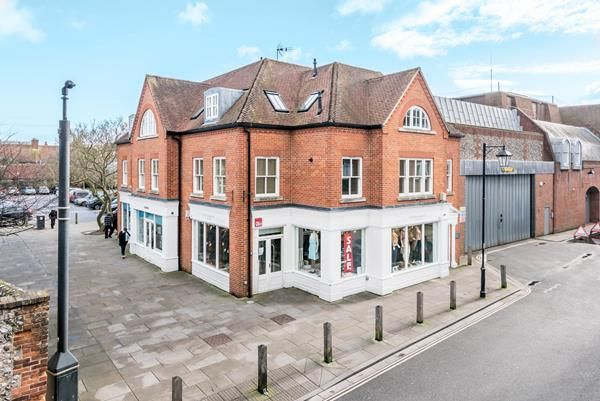 Thumbnail Commercial property to let in Magnus Court, St Martins Street, Chichester, West Sussex