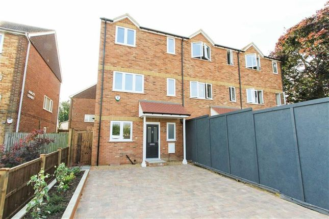 Thumbnail Town house for sale in Rodney Way, Colnbrook, Berkshire