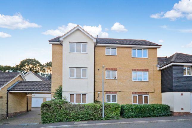 2 bed flat for sale in Harris Green, Dunmow, Essex CM6