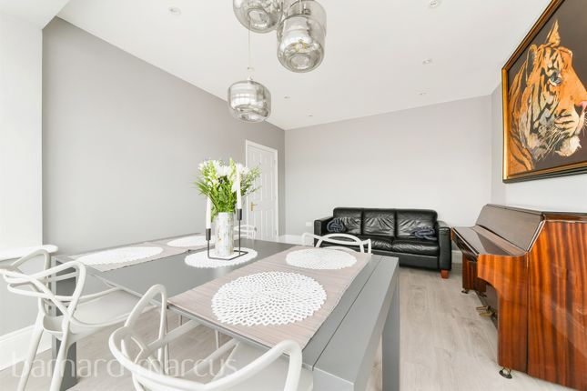 Thumbnail Detached house for sale in Park Lane, Carshalton