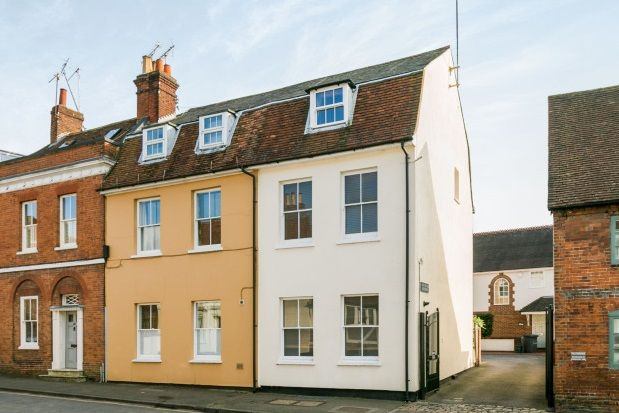 Thumbnail Town house to rent in West Street, Farnham