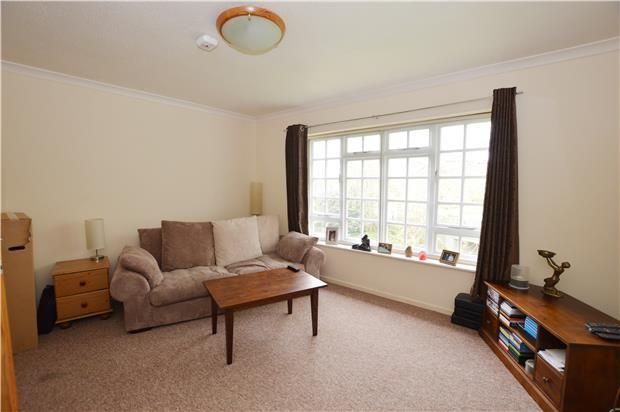 Thumbnail Flat to rent in Glynbridge Gardens, Cheltenham