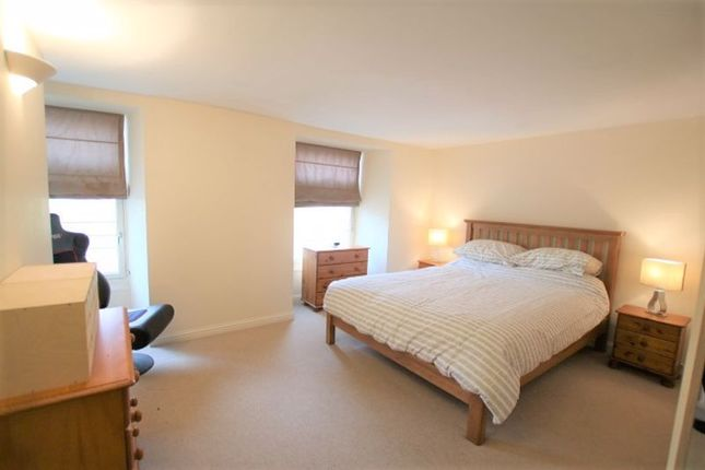 Bedroom 1 of Smillie Court, Dundee DD3