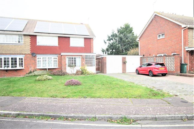 Thumbnail Semi-detached house to rent in Applefield, Crawley