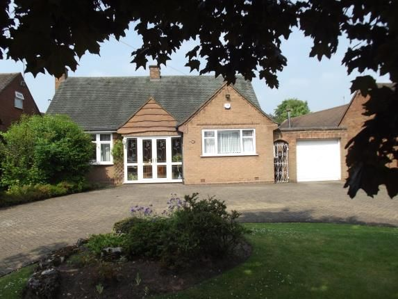Thumbnail Bungalow for sale in Burntwood Road, Hammerwich, Burntwood, Staffordshire