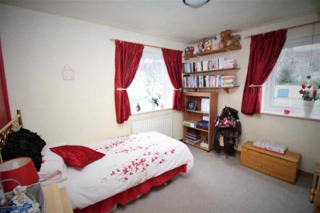 Bedroom 2 of Ffordd Garnedd, Y Felinheli LL56