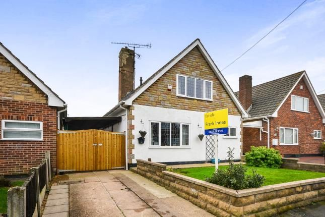 Thumbnail Bungalow for sale in Farmcroft Road, Mansfield Woodhouse, Mansfield, Nottinghamshire