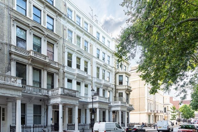 Thumbnail Property for sale in Barkston Gardens, London