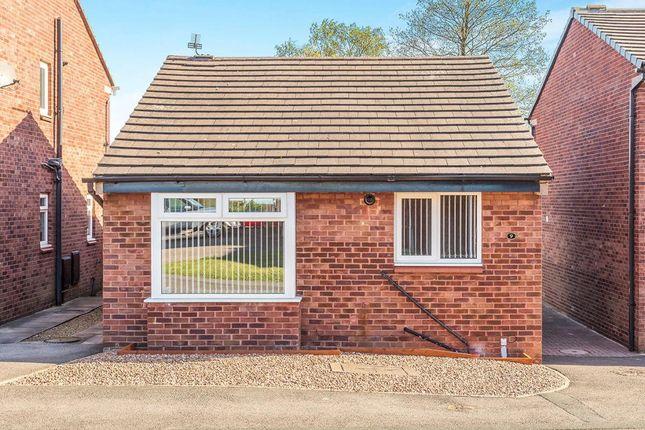 Thumbnail Bungalow to rent in Ledbury Croft, Middleton, Leeds