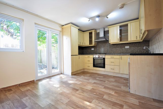 Thumbnail Terraced house to rent in Castillion Road, Catford