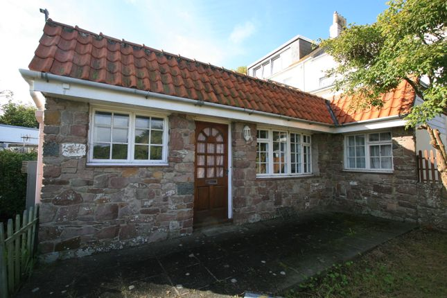 Thumbnail Cottage for sale in Newtown Road, Alderney