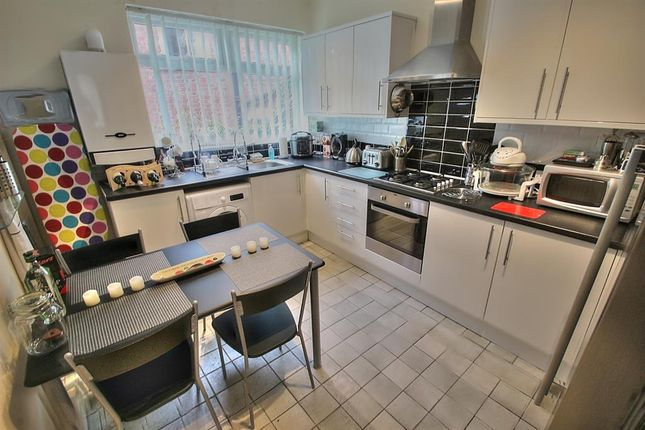 Thumbnail Flat to rent in Kells Lane, Low Fell, Gateshead