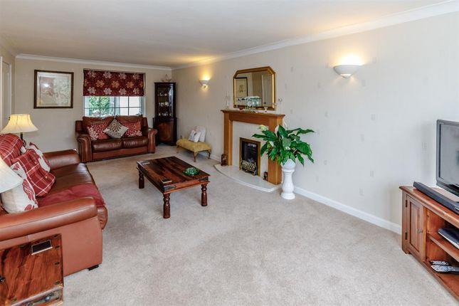 Lounge of Buckden Close, Easingwold YO61
