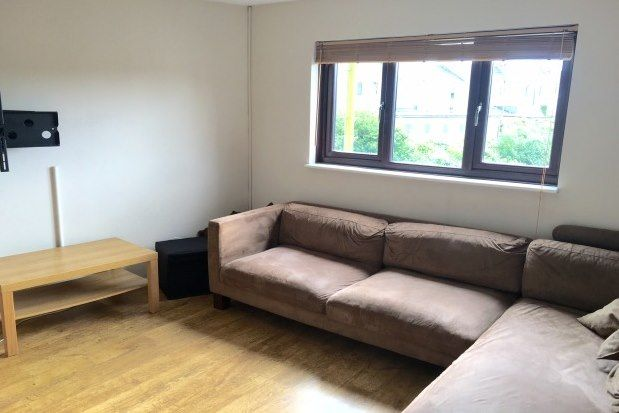 Thumbnail 2 bed flat to rent in Knighton Road., Plymouth