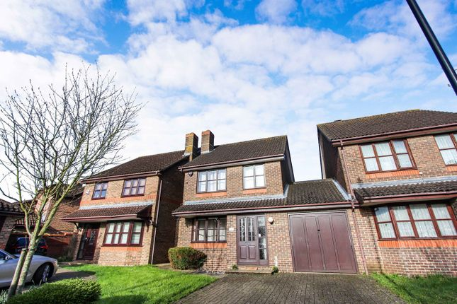 Thumbnail Link-detached house for sale in Hill Farm Road, Southampton