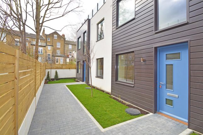 Thumbnail Maisonette for sale in Andre Street, London