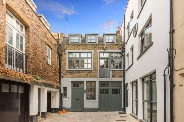 Thumbnail Detached house to rent in Bourlet Close, Fitzrovia, London