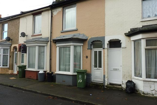 Thumbnail Property to rent in Drummond Road, Portsmouth