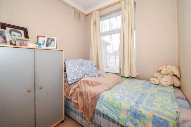 Bedroom of Dean Road, Leicester, Leicestershire LE4