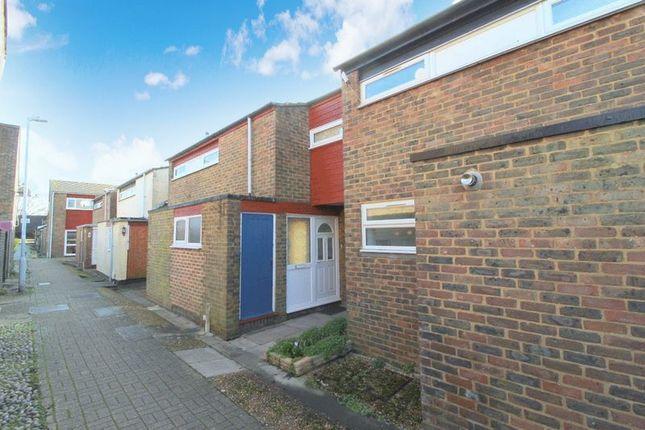 Thumbnail Terraced house for sale in Foxglove Close, Edenbridge