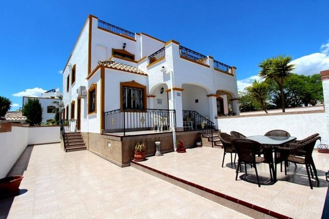 Thumbnail Property for sale in Entre Naranjos, Costa Blanca, Spain